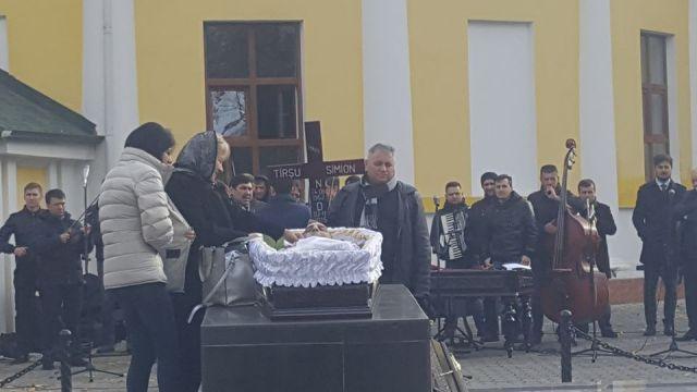 Înmormântarea trompetistului Simion Tîrșu